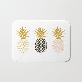 fun pineapple design gold Bath Mat
