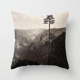 Yosemite Valley, California Throw Pillow