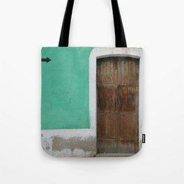 Sentido Unico Tote Bag