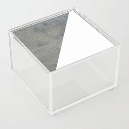 Concrete Vs White Acrylic Box