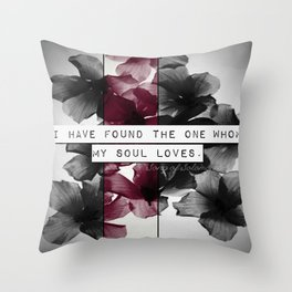 My soul loves Throw Pillow