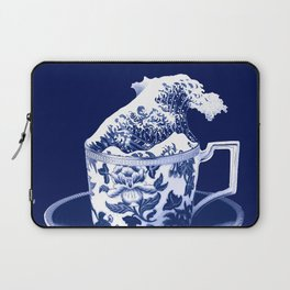 TEMPEST IN A TEACUP, HOKUSAI STYLE Laptop Sleeve