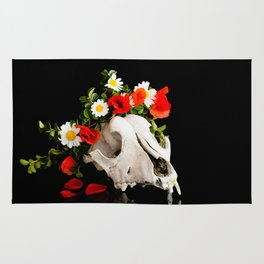 Animal skull with a wreath of wild flower Rug