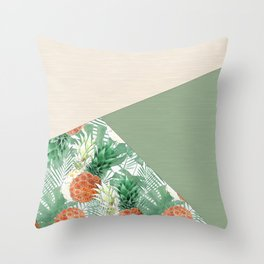 Combined pattern with pineapples. patchwork. Throw Pillow