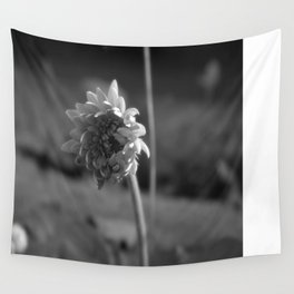 Black and White Daisy Wall Tapestry