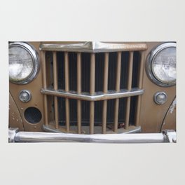 Front grill. 4WD. Rug