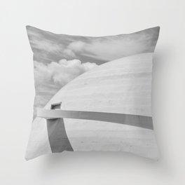 Niemeyer | architect | National Museum Throw Pillow