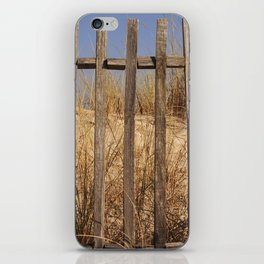 Fence to the Sky! iPhone Skin