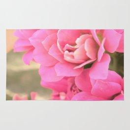 peach colored flower Rug