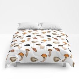 Mushroom seamless pattern Comforters