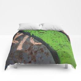 Rustin' piece Comforters