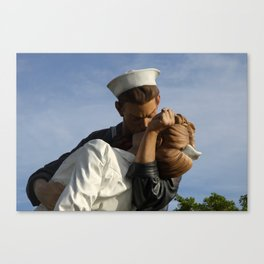 Kissing Sailor And Nurse Portrait Canvas Print