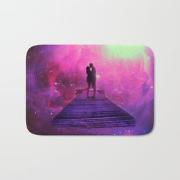 Kiss into the universe Bath Mat