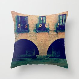 vintage old hause Throw Pillow