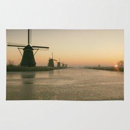 Sunrise at Kinderdijk IV Rug