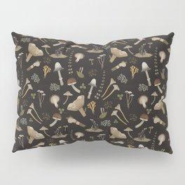 Northern forest (black) Pillow Sham