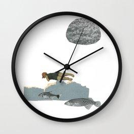 (la legende de) L'étrangère Wall Clock