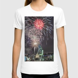 Fourth Of July Fireworks Gloucester T-shirt