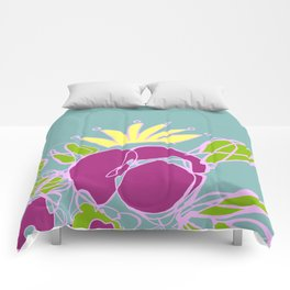 Flower with crown Comforters