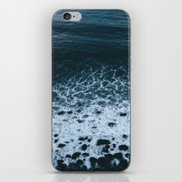 Iceland waves and shapes - Landscape Photography iPhone Skin