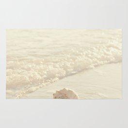 Seashell by the Seashore I Rug