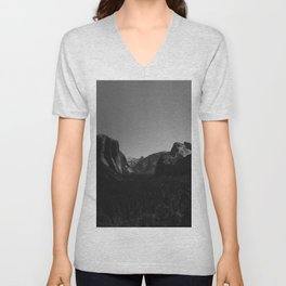 Tunnel View, Yosemite National Park Unisex V-Neck