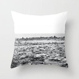 Asteroide B 612 Throw Pillow