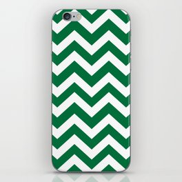 Dartmouth green - green color -  Zigzag Chevron Pattern iPhone Skin