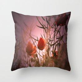 Poppy waltz Throw Pillow