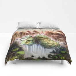Crocodile selfies Comforters
