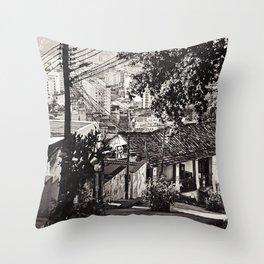 vende se pipa Throw Pillow