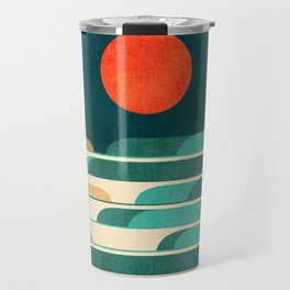 Chasing wave under the red moon Travel Mug