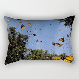 Monarchs butterflies fly Rectangular Pillow