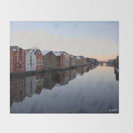 Norwegian reflections Throw Blanket