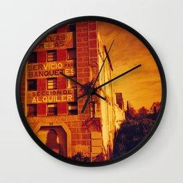 Es vicio, es alquiler Wall Clock
