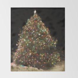Rockport's Christmas tree Throw Blanket
