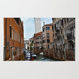 Leaning Venice Rug