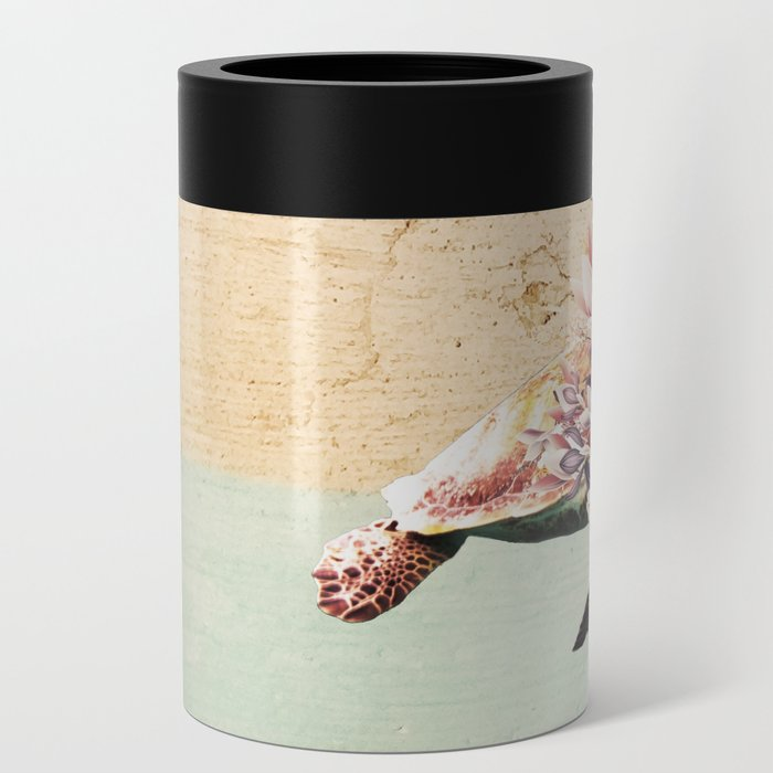 Turtle and bouquet Can Cooler