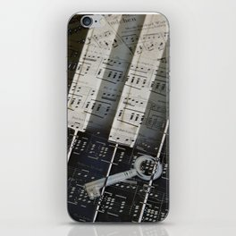 Piano Keys black and white - music notes iPhone Skin