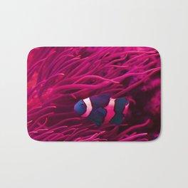 Inverse Clownfish in the current Bath Mat