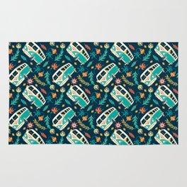 Retro Van Floral Pattern Rug