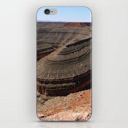 A Meander Of The Goosenecks iPhone Skin