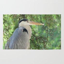 Grey heron (Ardea Cinerea) amongst trees Rug