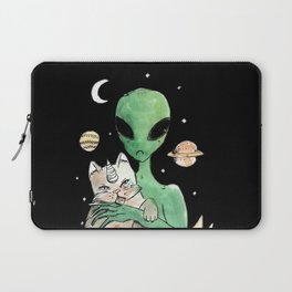 aliens and cats are human haters Laptop Sleeve