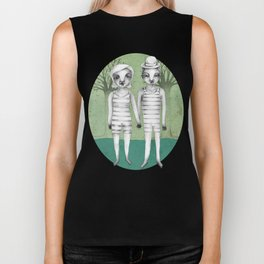 gymnast couple in the forest Biker Tank