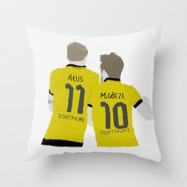 reus & götze Throw Pillow